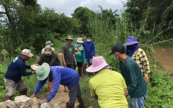 กองช่างได้ออกปฎิบัติหน้าที่ตัดหญ้าหนองบัวและหนองหญ้าไชยหมู่6 และงานป้องกันและบรรเทาสาธารณภัยได้ทำผนังกั้นน้ำเซาะคันตลิ่งน้ำกรณ์ ม 5 สันสลี